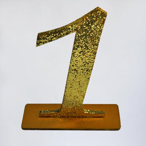 Номера столов золотые